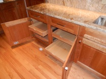Base Cabinet with Roll-out Shelves